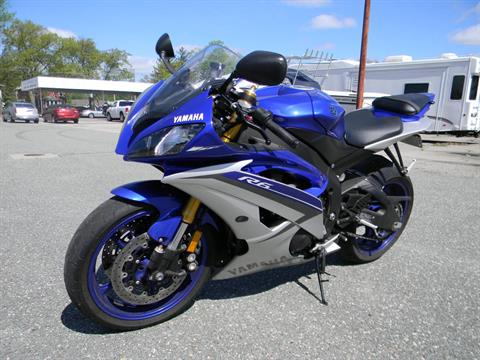 2015 Yamaha YZF-R6 in Springfield, Massachusetts - Photo 4