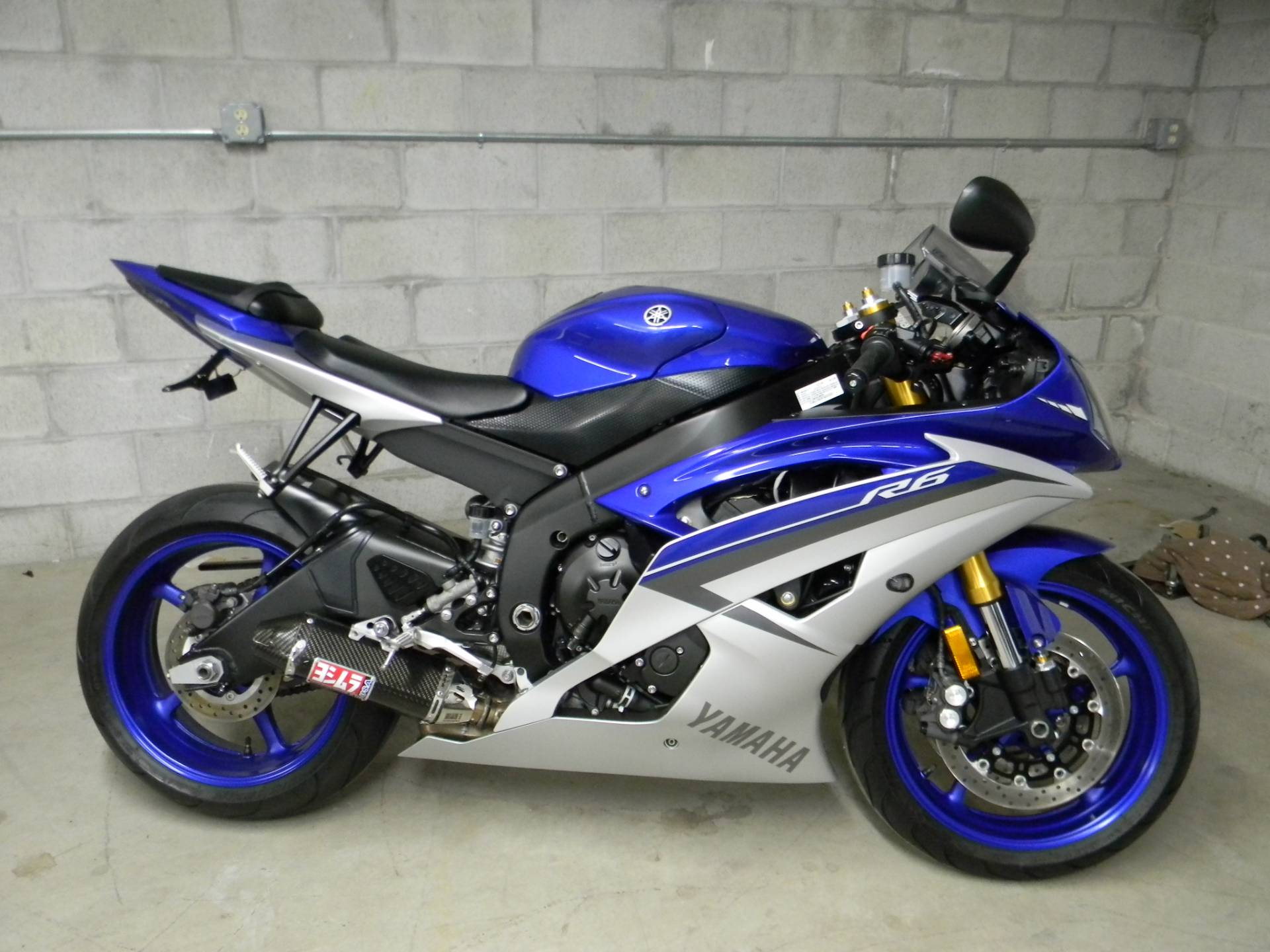 2015 Yamaha YZF-R6 in Springfield, Massachusetts - Photo 1