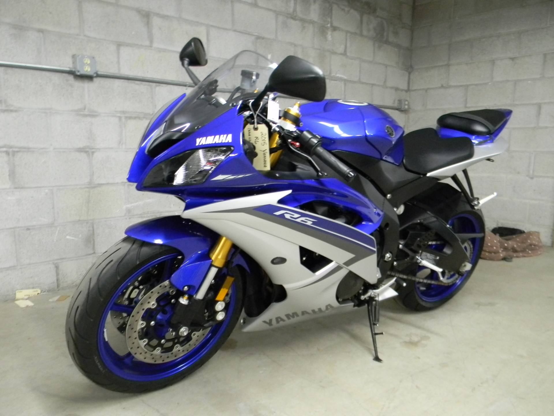 2015 Yamaha YZF-R6 in Springfield, Massachusetts - Photo 5