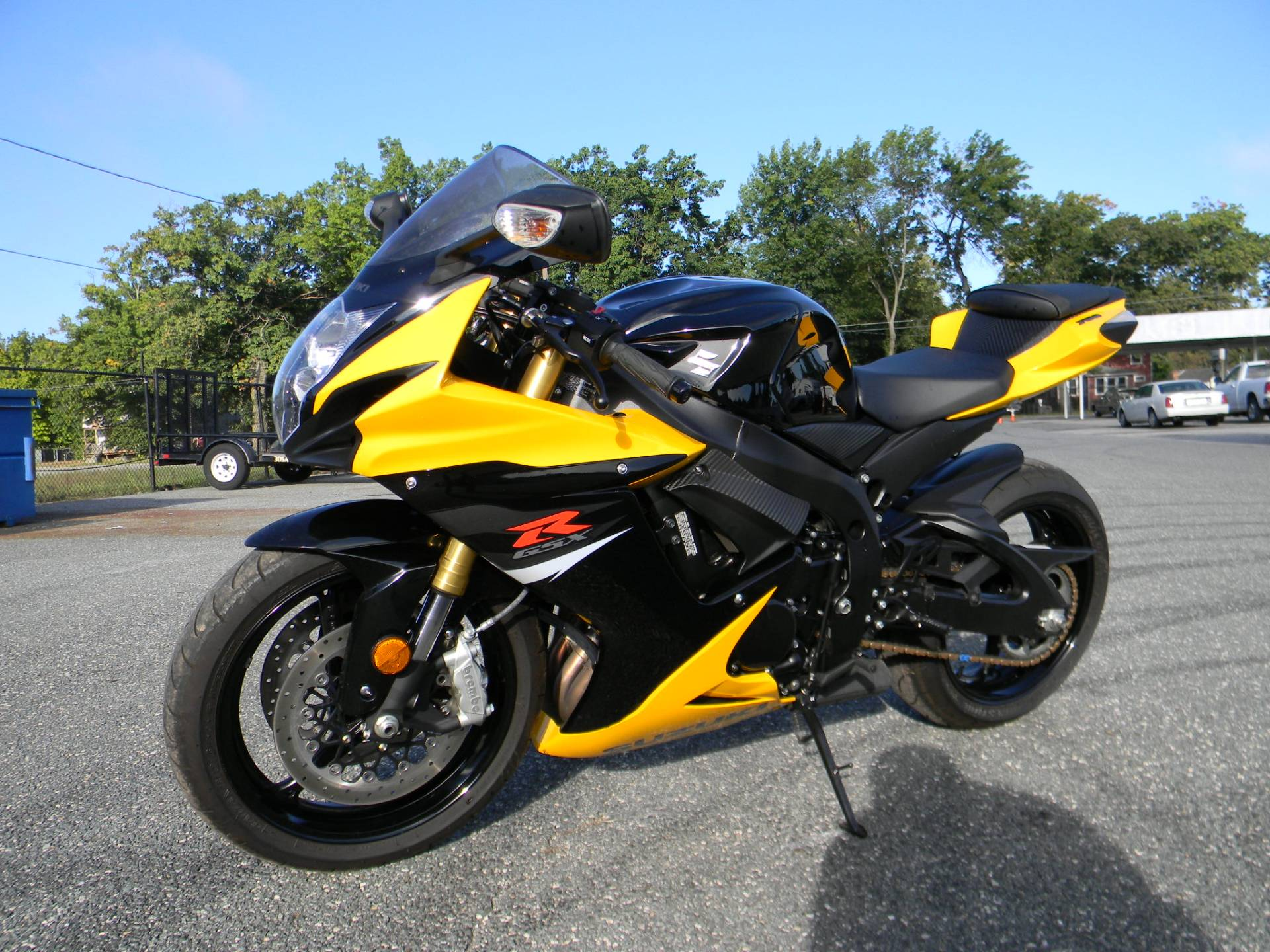 2017 Suzuki GSX-R750 in Springfield, Massachusetts - Photo 4