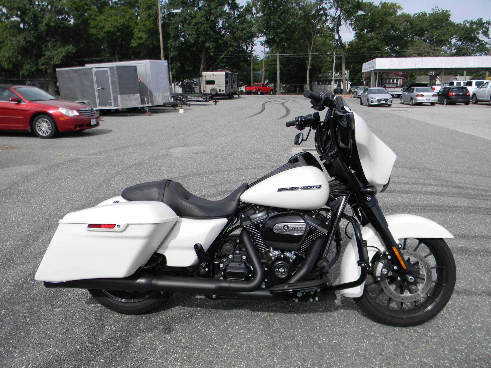 2018 Harley-Davidson Street Glide® Special in Springfield, Massachusetts - Photo 1