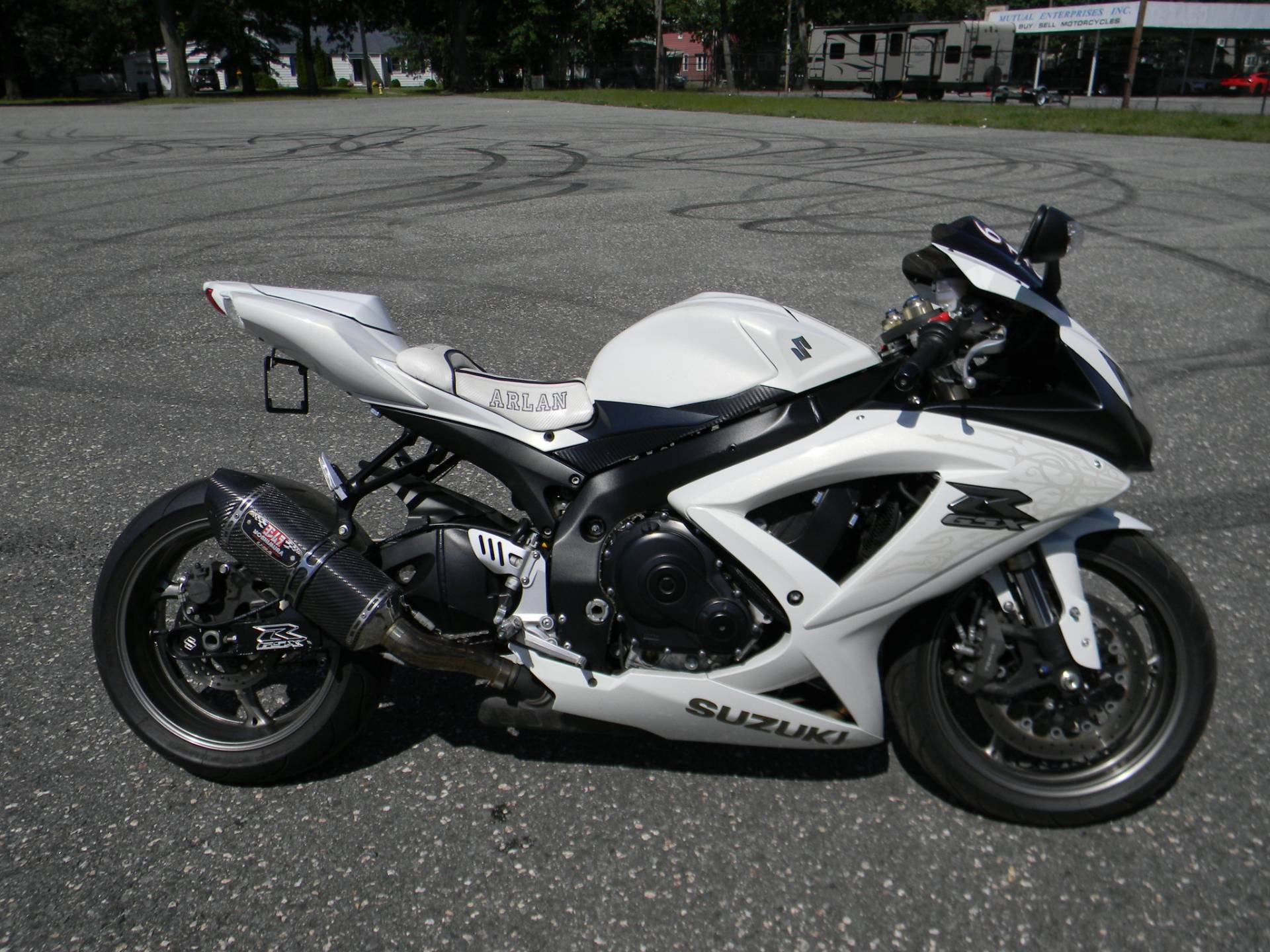 2009 Suzuki GSX-R600 in Springfield, Massachusetts - Photo 1