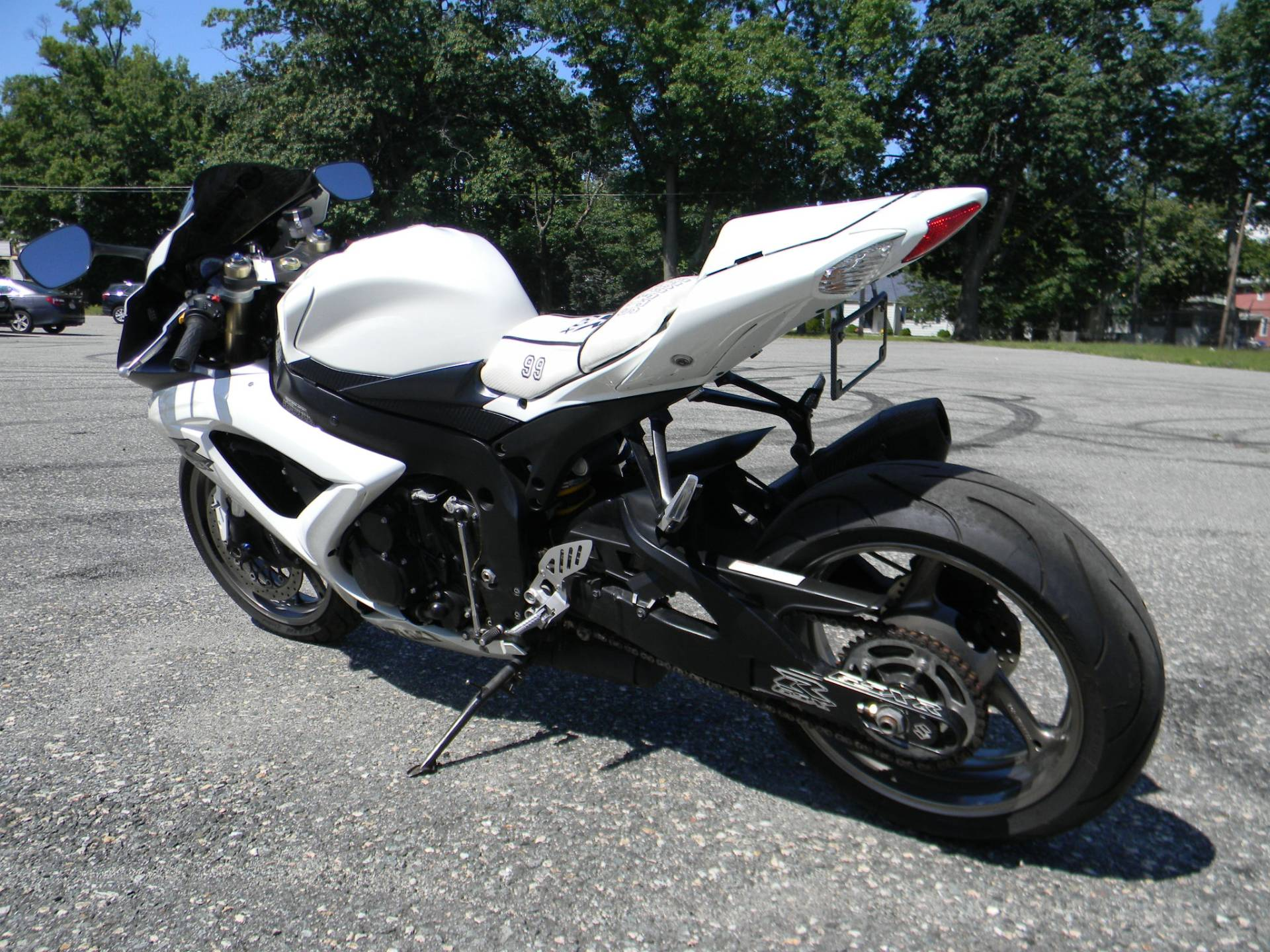2009 Suzuki GSX-R600 in Springfield, Massachusetts - Photo 7