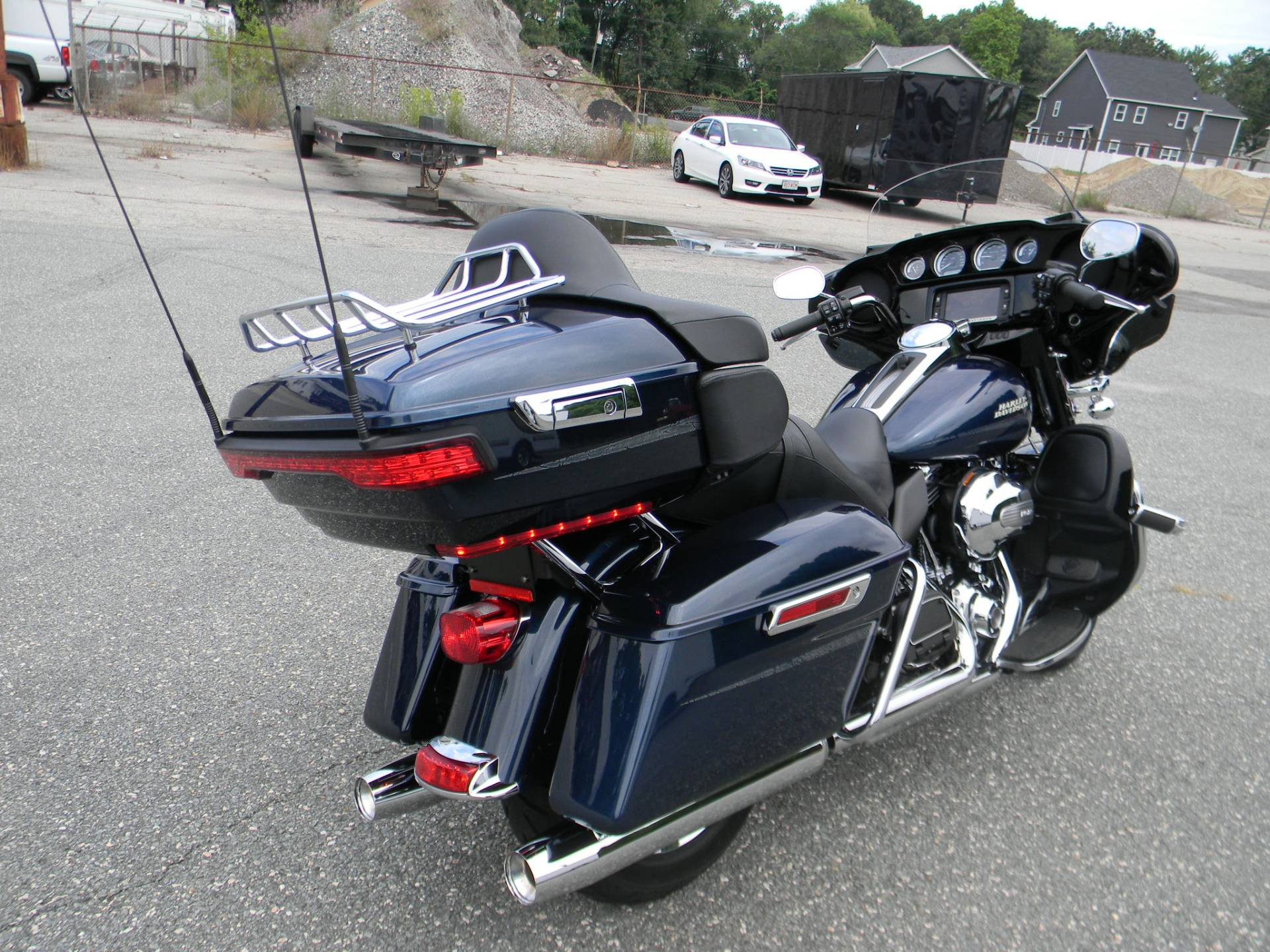 2016 Harley-Davidson Ultra Limited in Springfield, Massachusetts - Photo 3