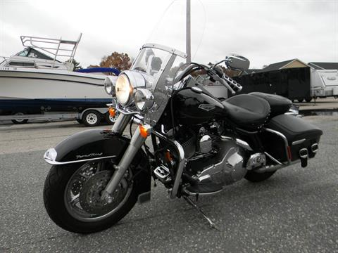 2005 Harley-Davidson FLHRCI Road King® Classic in Springfield, Massachusetts - Photo 5