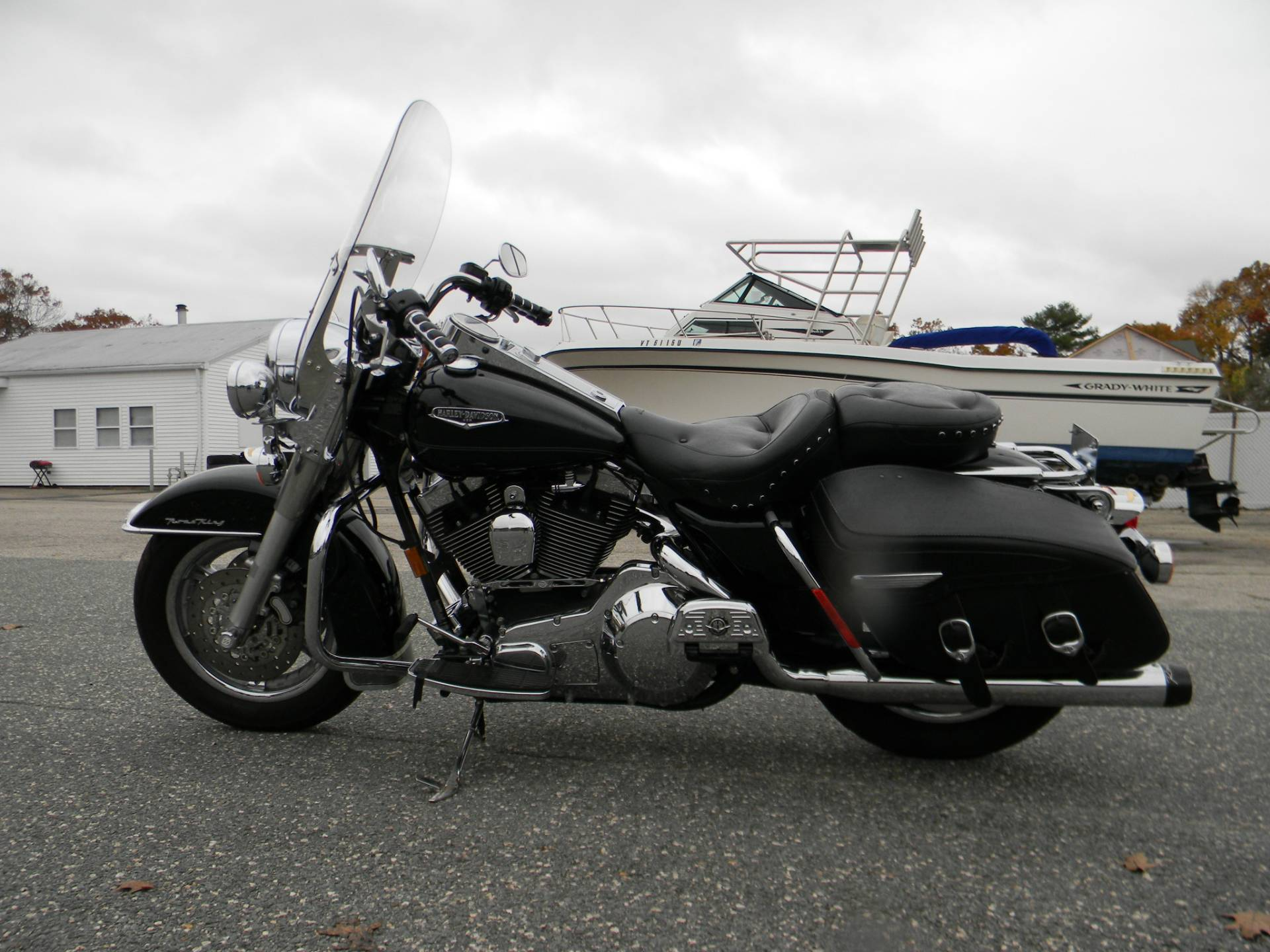 2005 Harley-Davidson FLHRCI Road King® Classic in Springfield, Massachusetts - Photo 6