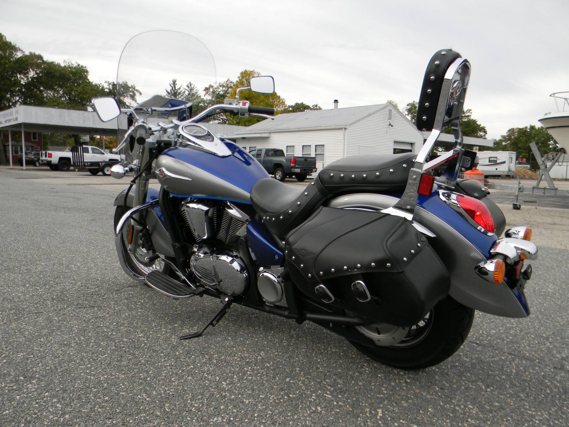 2010 Kawasaki Vulcan® 900 Classic LT in Springfield, Massachusetts - Photo 7