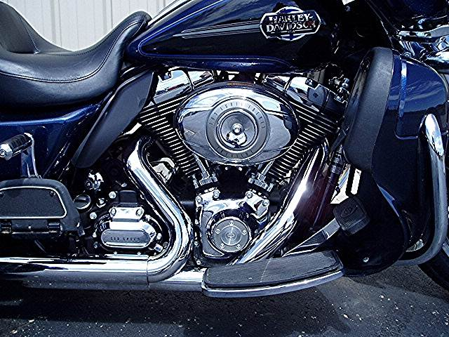 2012 Harley-Davidson Tri Glide® Ultra Classic® in Carroll, Ohio - Photo 3