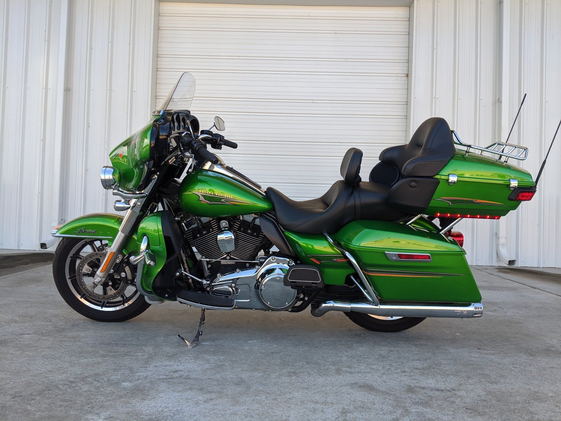 2015 Harley-Davidson Ultra Limited in Monroe, Louisiana - Photo 2