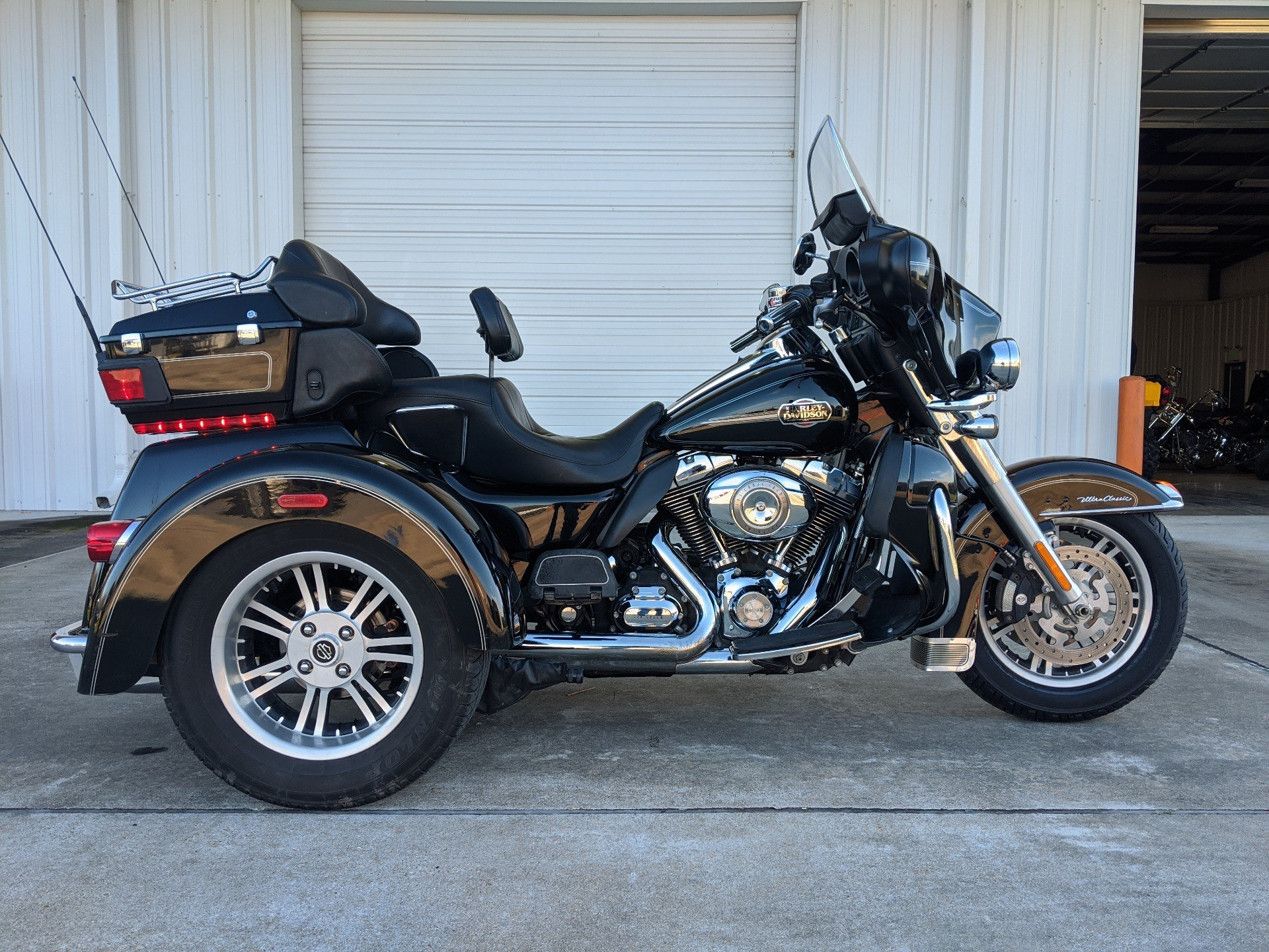 2010 Harley-Davidson Tri Glide™ Ultra Classic® in Monroe, Louisiana - Photo 15