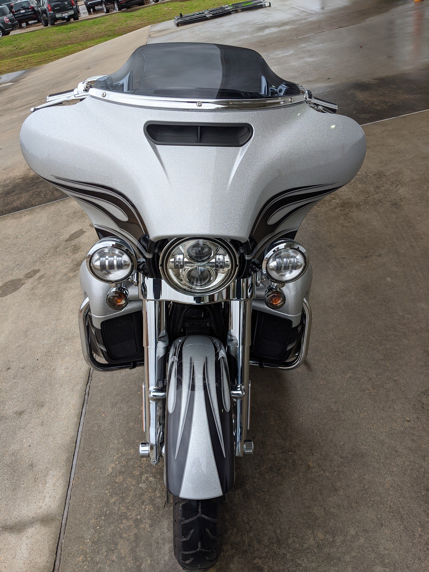 2015 Harley-Davidson CVO™ Street Glide® in Monroe, Louisiana - Photo 9