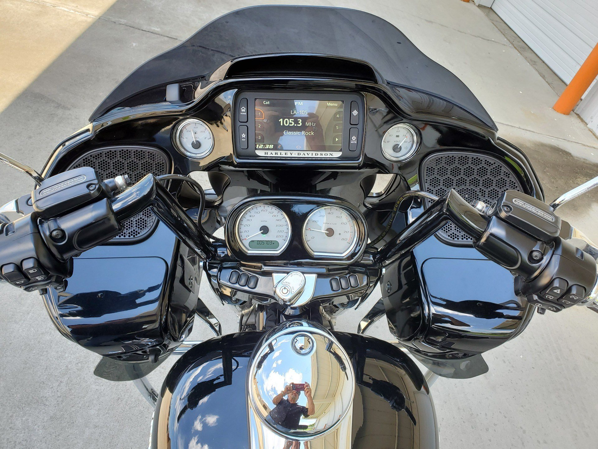 2017 Harley-Davidson Road Glide® Special in Monroe, Louisiana - Photo 12