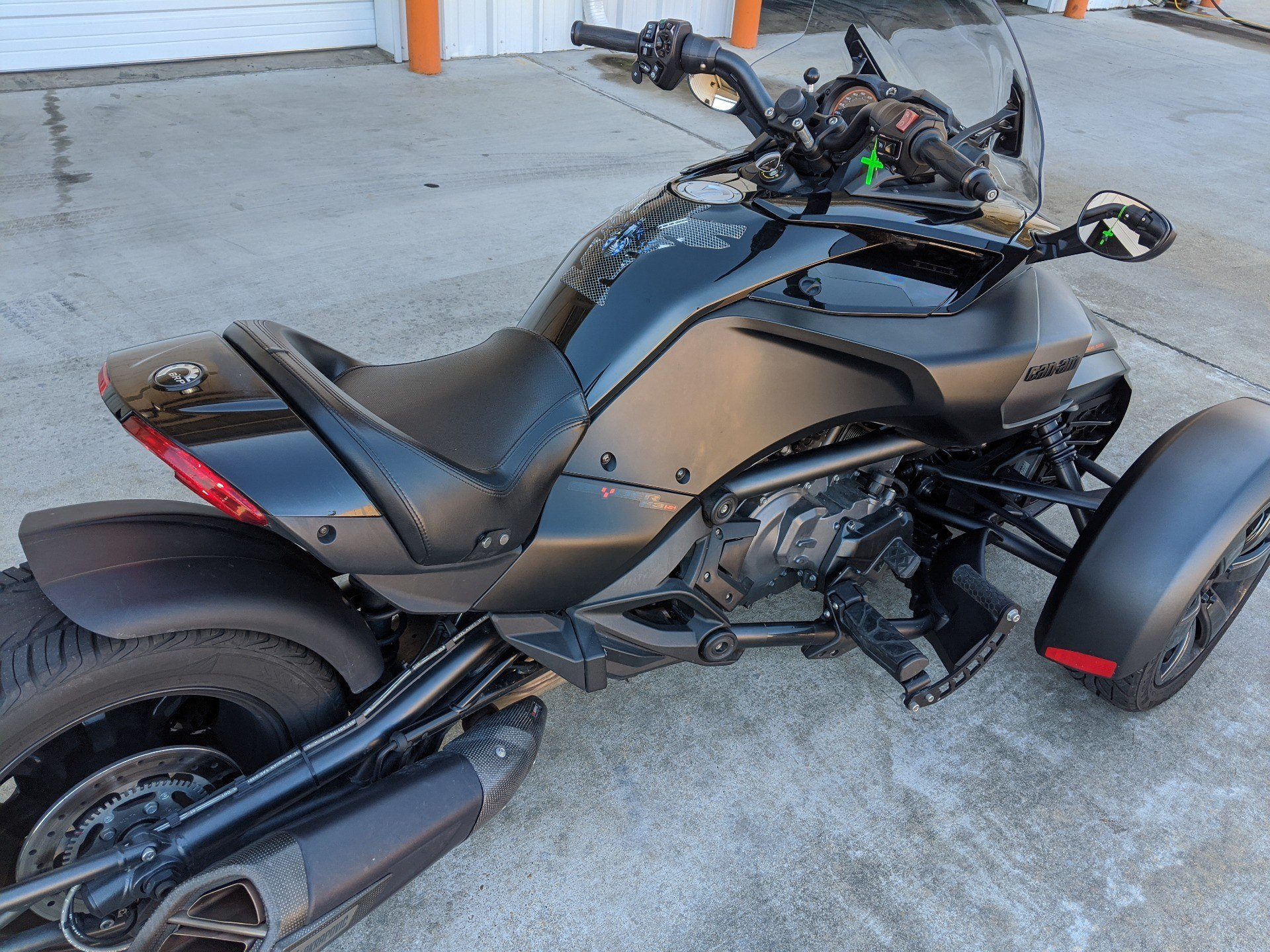 2016 Can-Am Spyder F3 Limited in Monroe, Louisiana - Photo 4