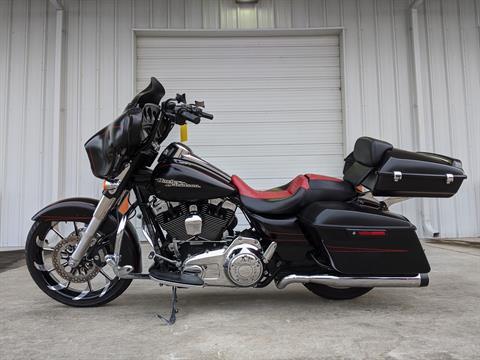 2015 Harley-Davidson Street Glide® Special in Monroe, Louisiana - Photo 2