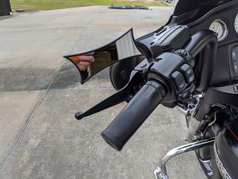 2015 Harley-Davidson Street Glide® Special in Monroe, Louisiana - Photo 17