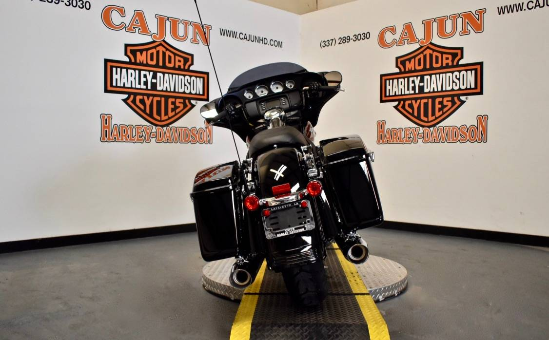 2020 Harley-Davidson Street Glide® in Scott, Louisiana - Photo 8