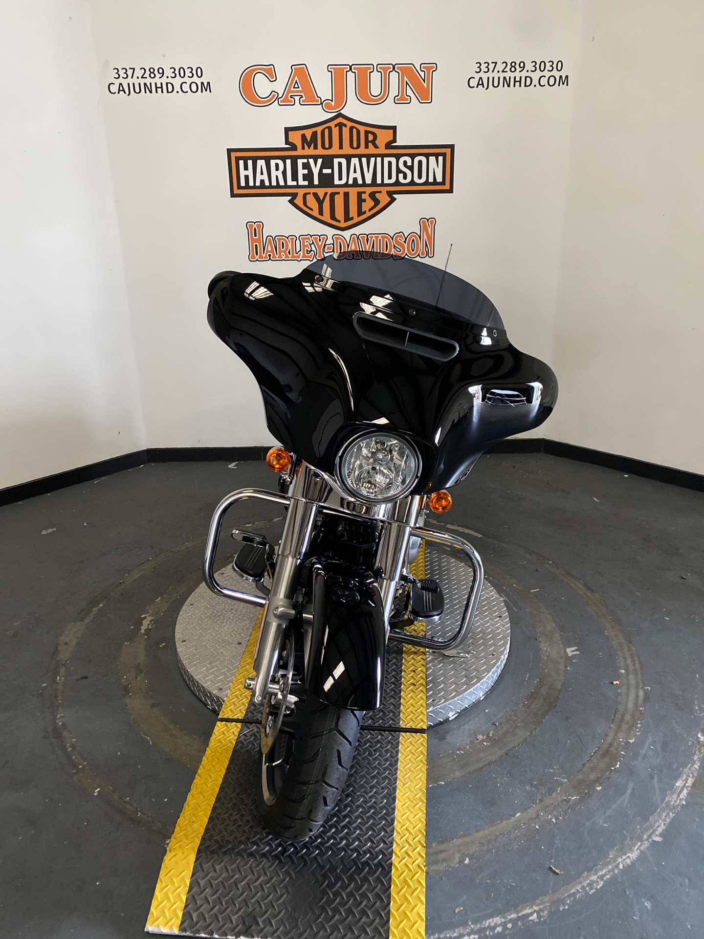 2021 Harley-Davidson Street Glide® in Scott, Louisiana - Photo 5