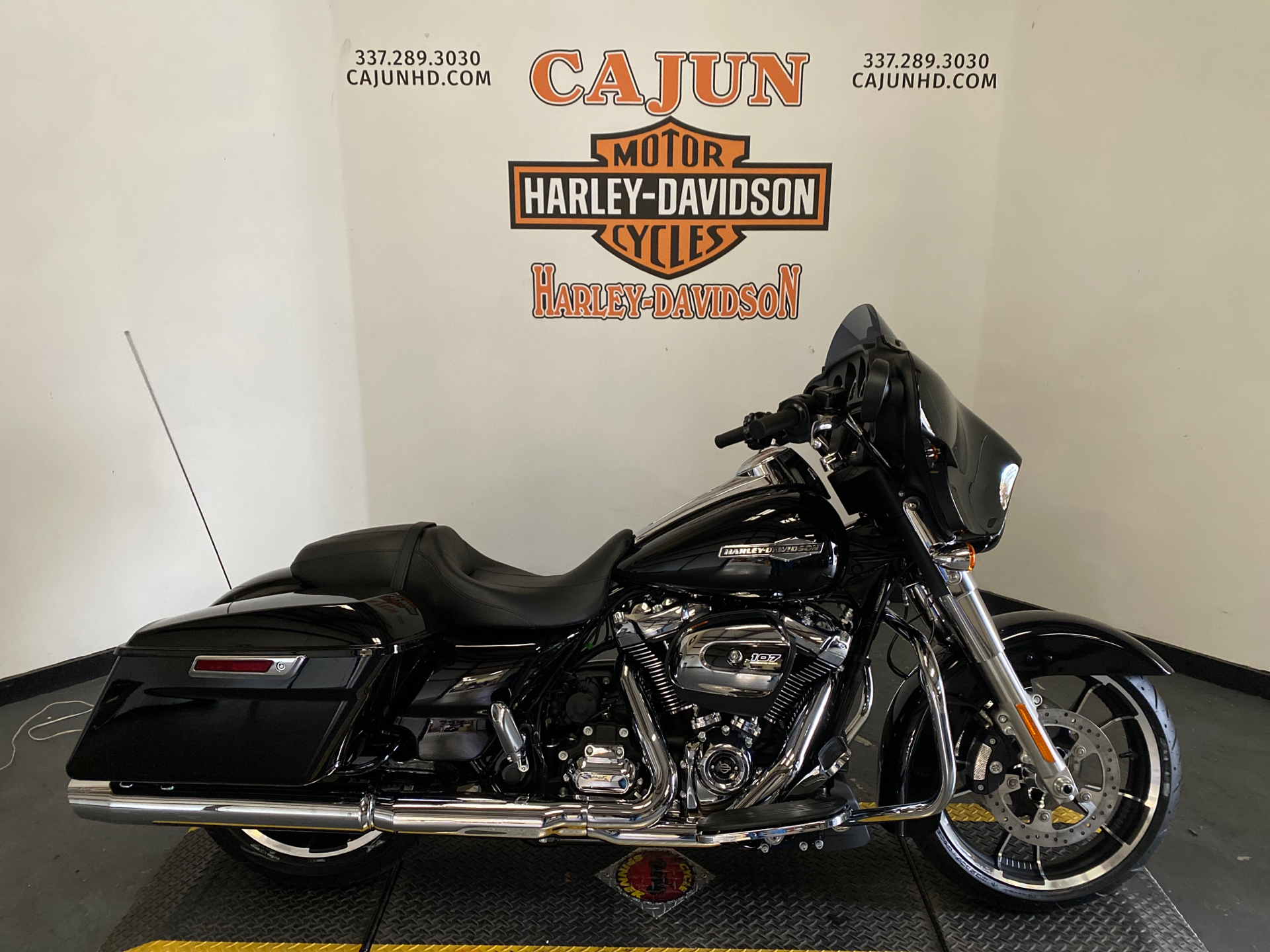 2021 Harley-Davidson Street Glide® in Scott, Louisiana - Photo 1