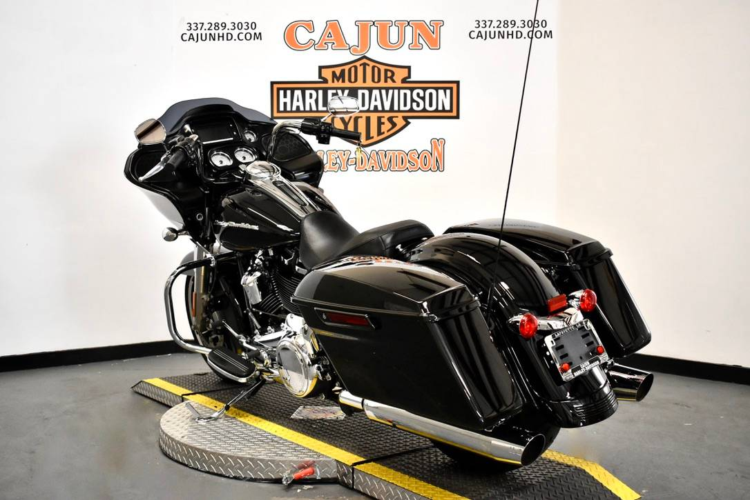 2013 Harley-Davidson Road Glide® Custom in Scott, Louisiana - Photo 1