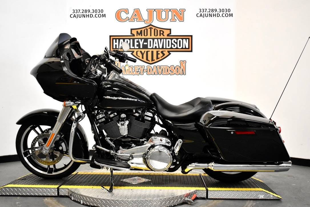 2013 Harley-Davidson Road Glide® Custom in Scott, Louisiana - Photo 2