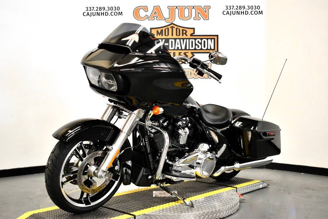 2013 Harley-Davidson Road Glide® Custom in Scott, Louisiana - Photo 3