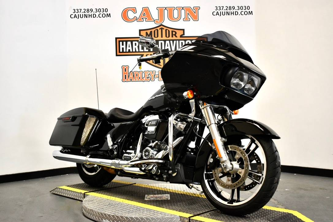 2013 Harley-Davidson Road Glide® Custom in Scott, Louisiana - Photo 5
