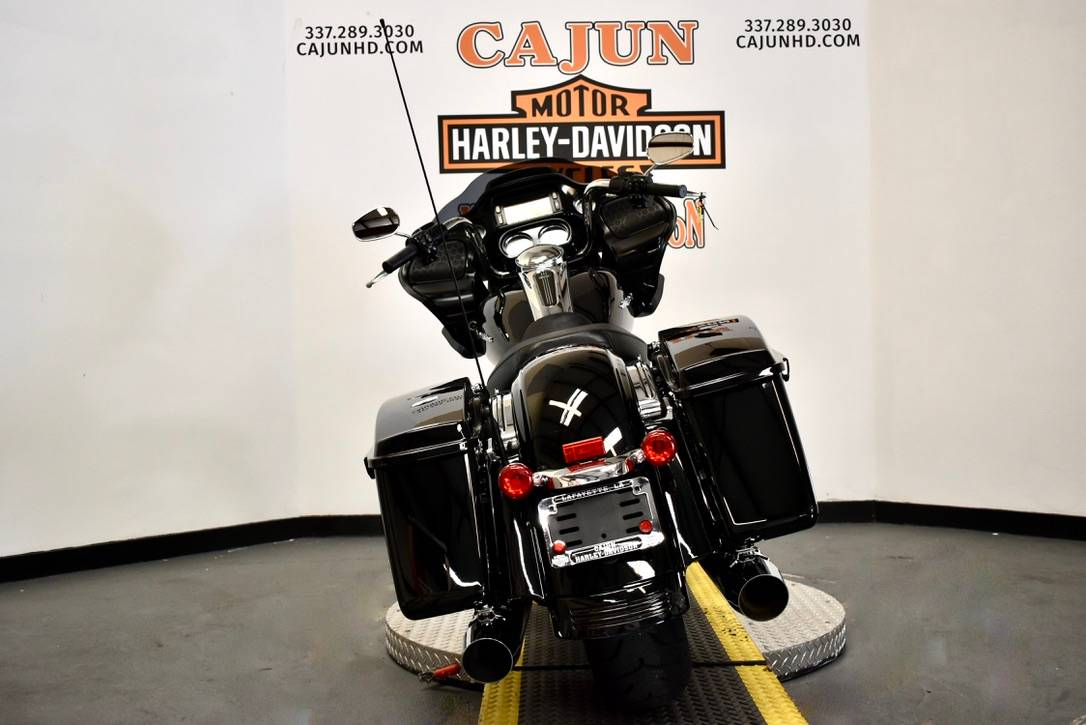 2013 Harley-Davidson Road Glide® Custom in Scott, Louisiana - Photo 8