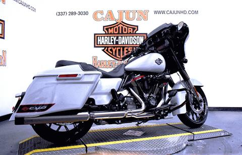 2020 Harley-Davidson CVO™ Street Glide® in Scott, Louisiana - Photo 7