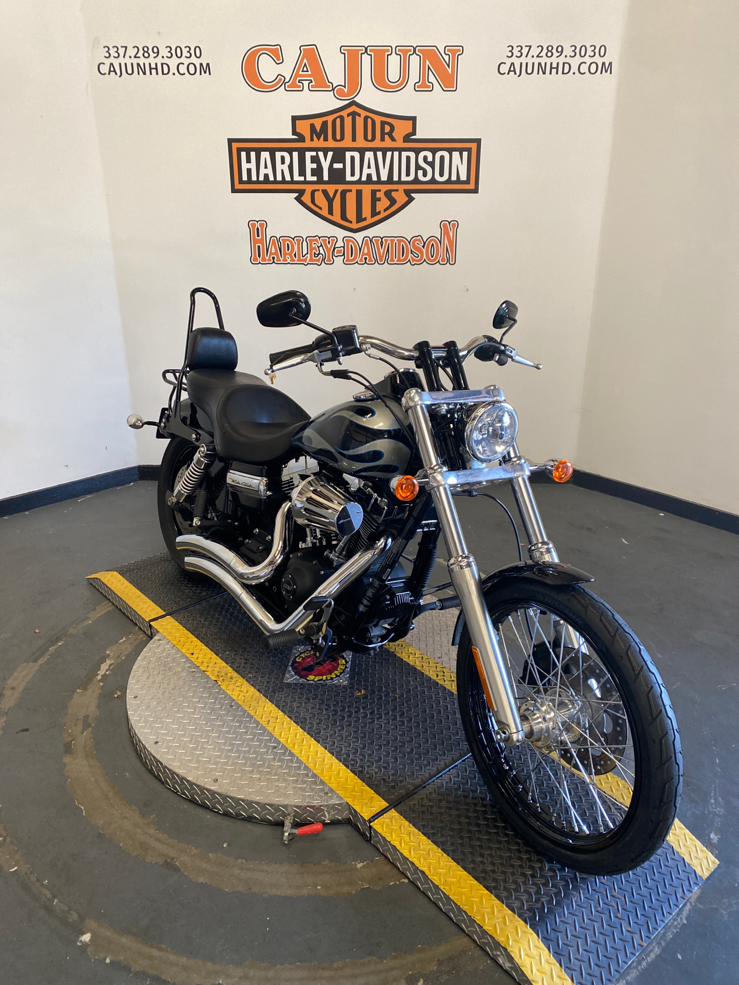Used 2013 Harley Davidson Dyna Wide Glide Midnight Pearl With Flames Motorcycles In Scott La 304861