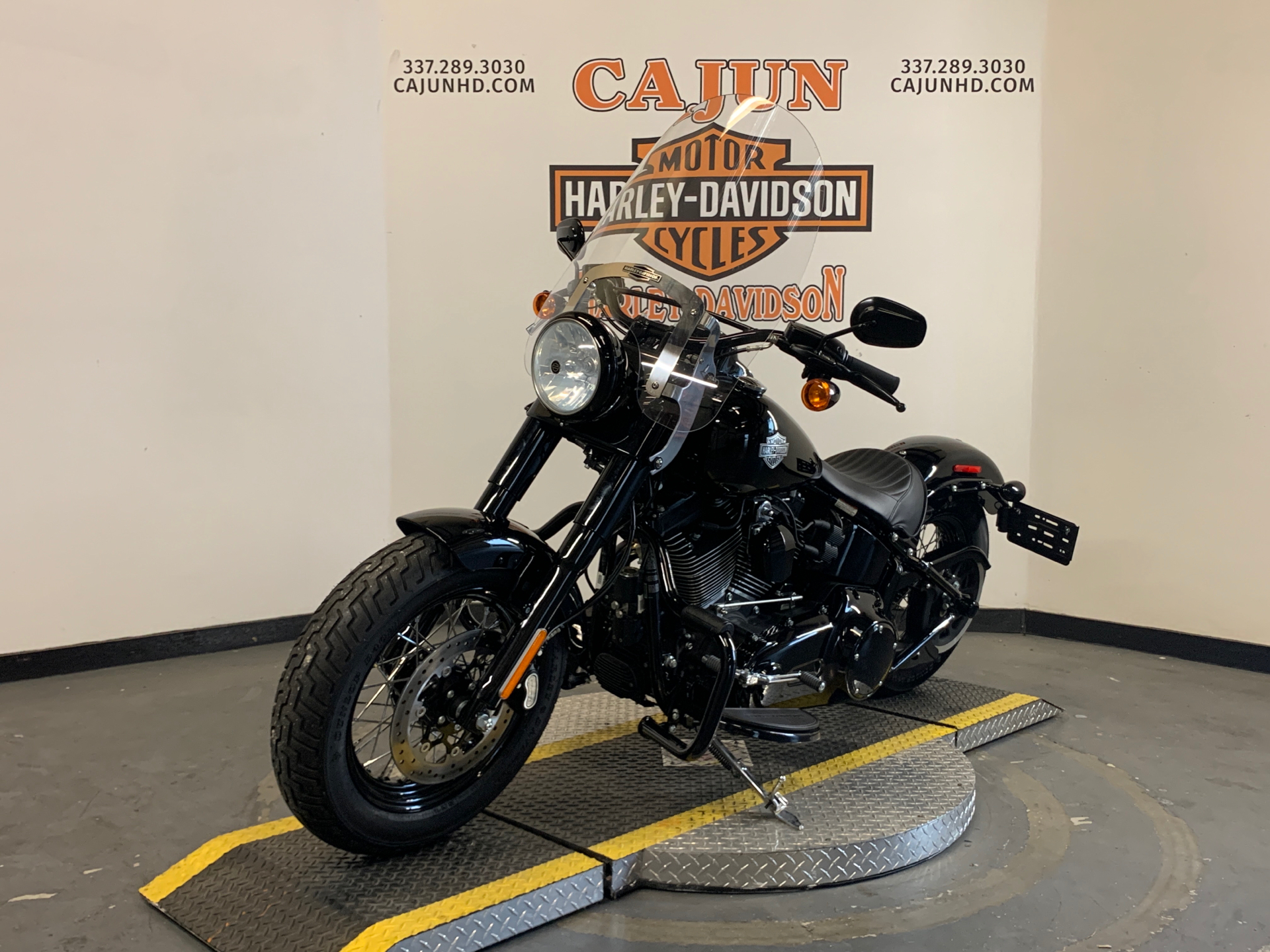2017 Harley-Davidson Softail Slim® S in Scott, Louisiana - Photo 5