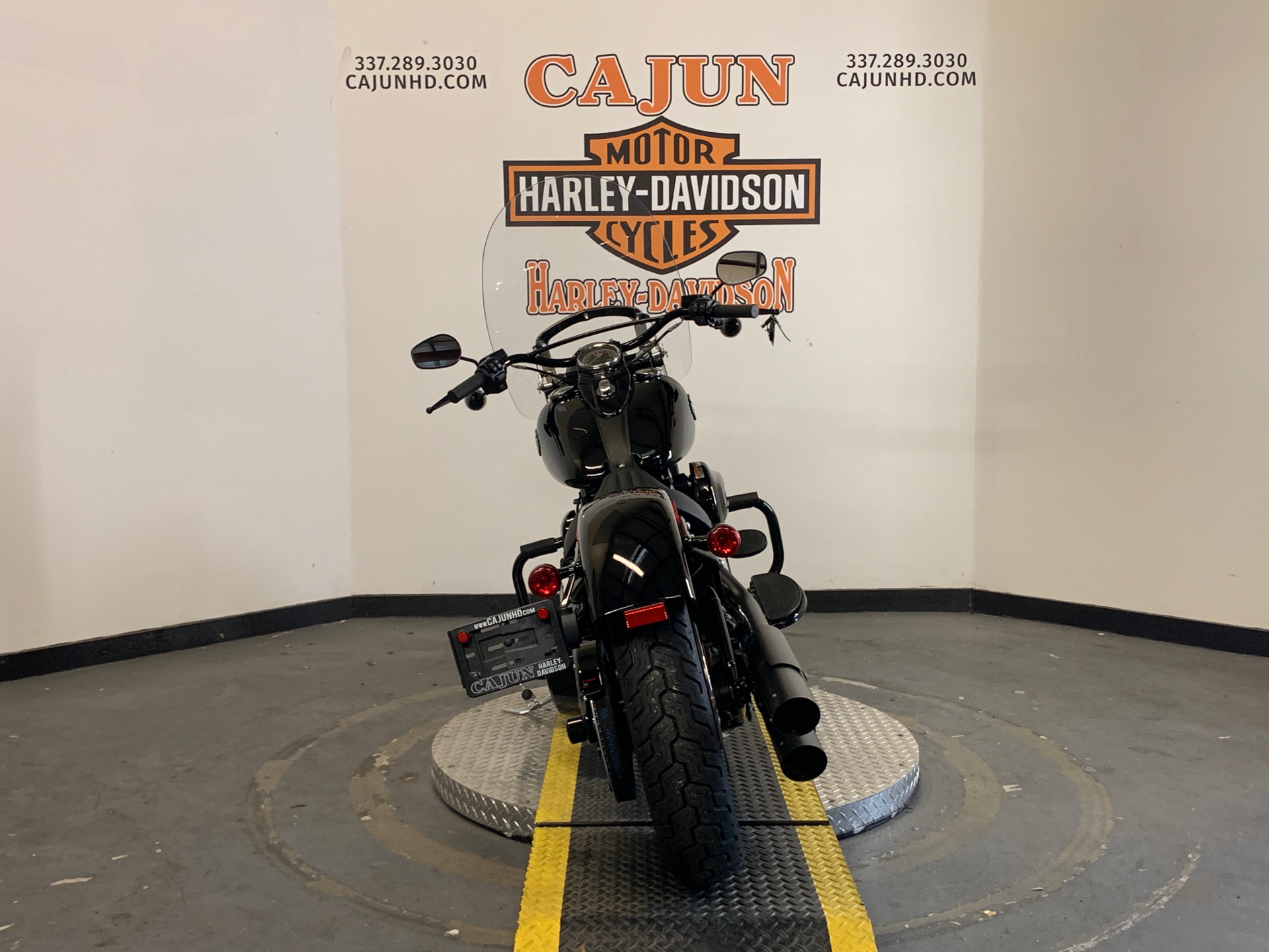2017 Harley-Davidson Softail Slim® S in Scott, Louisiana - Photo 8