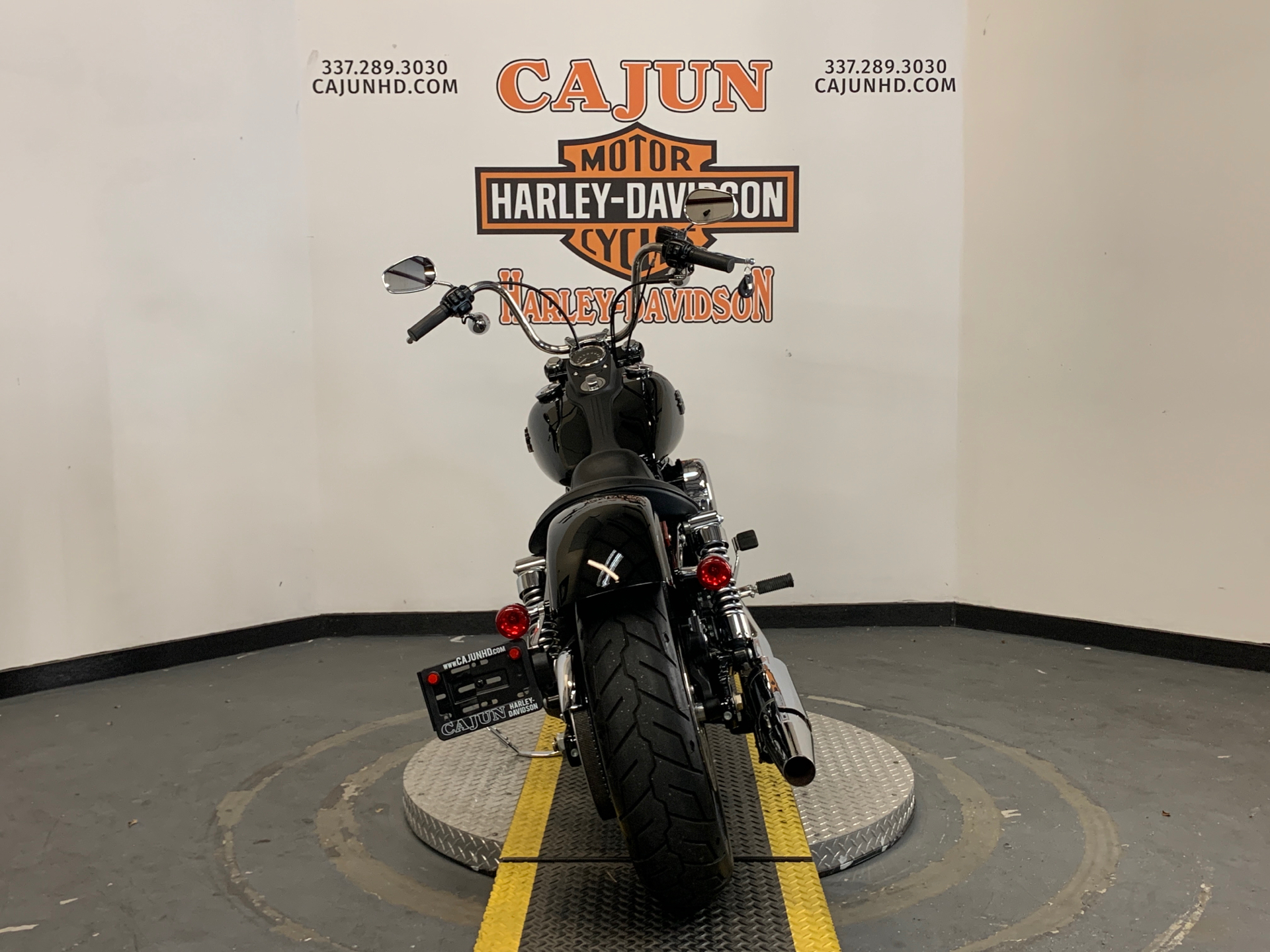 2014 Harley-Davidson Dyna® Street Bob® in Scott, Louisiana - Photo 8