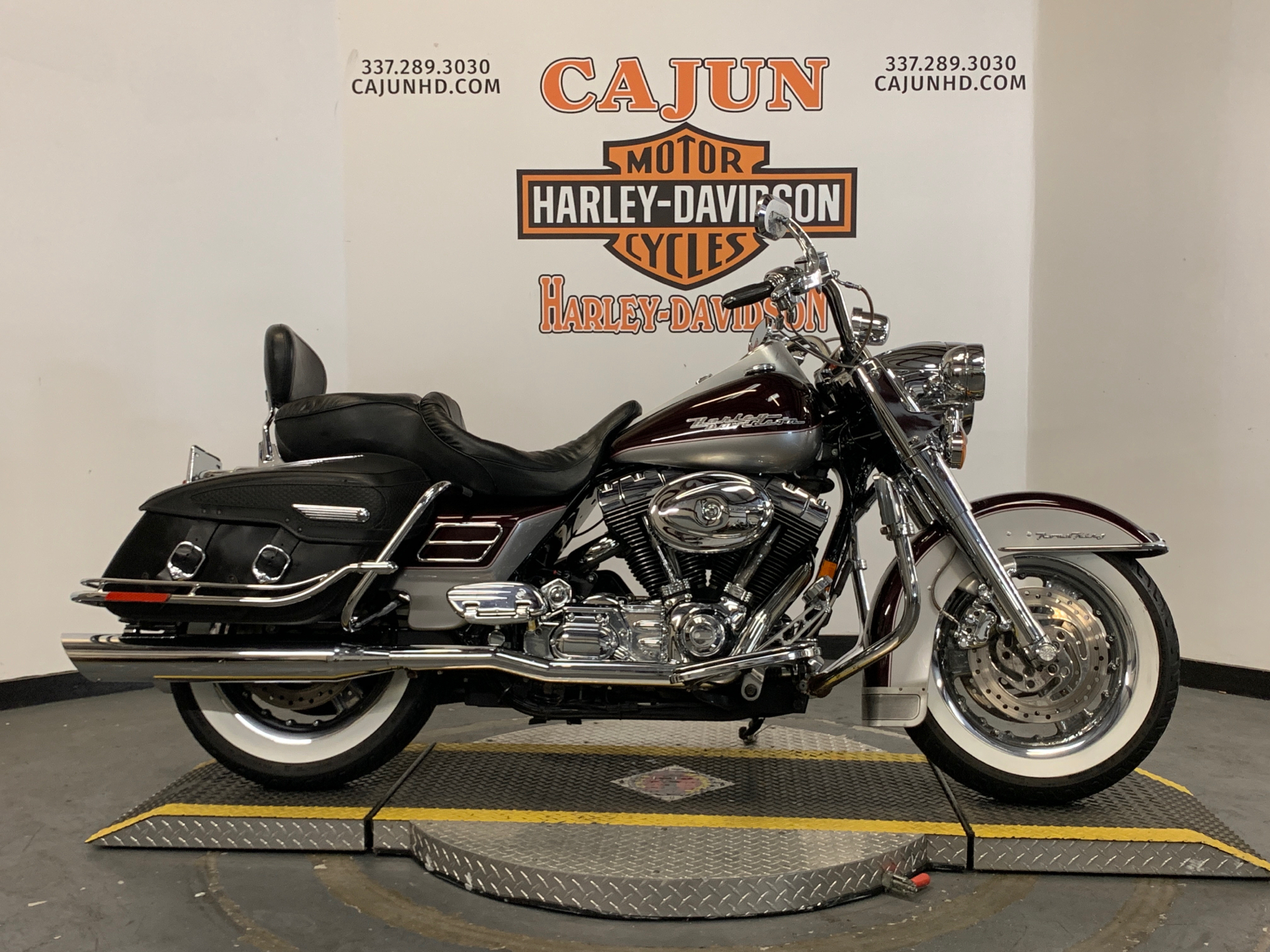 2005 Harley-Davidson FLHRCI Road King® Classic in Scott, Louisiana - Photo 1