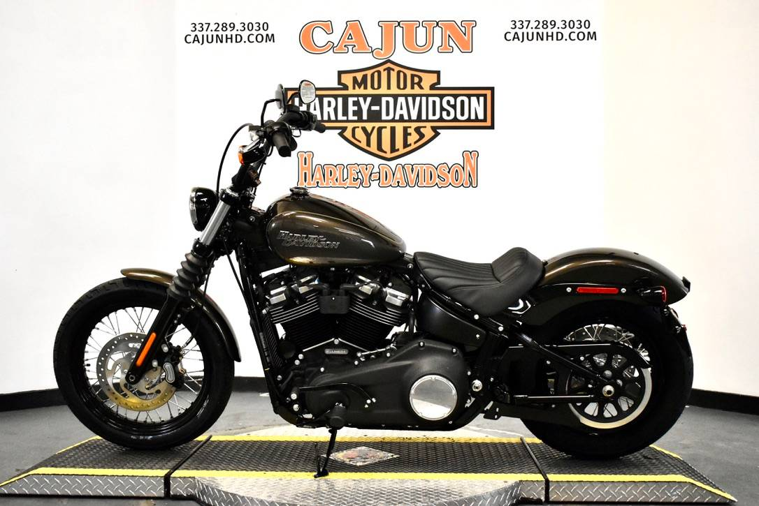 2020 Harley-Davidson Street Bob® in Scott, Louisiana - Photo 2