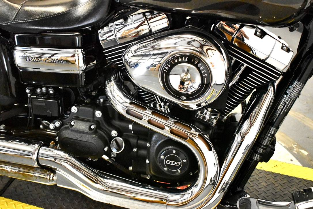 2015 Harley-Davidson Wide Glide® in Scott, Louisiana - Photo 9