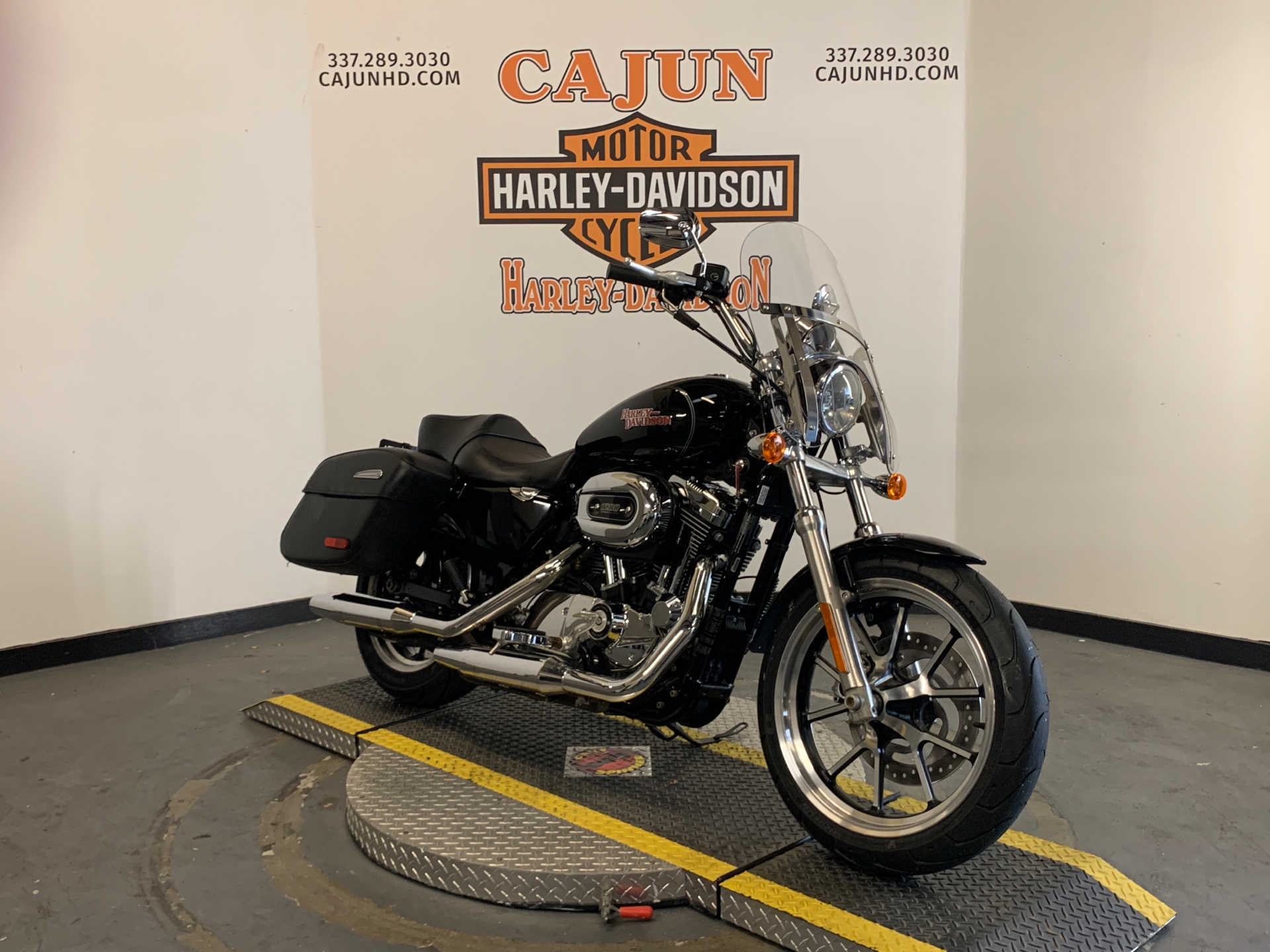 2014 Harley-Davidson SuperLow® 1200T in Scott, Louisiana - Photo 2