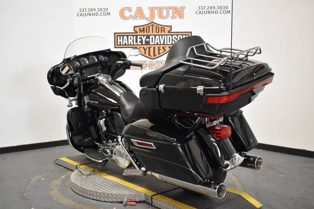2017 Harley-Davidson Ultra Limited Low in Scott, Louisiana - Photo 2