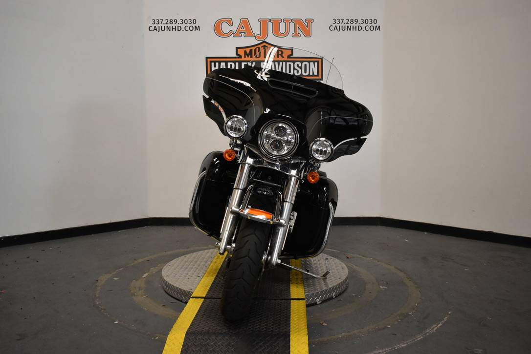 2017 Harley-Davidson Ultra Limited Low in Scott, Louisiana - Photo 8