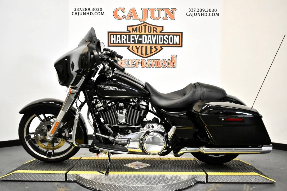 2019 Harley-Davidson Street Glide® in Scott, Louisiana - Photo 1