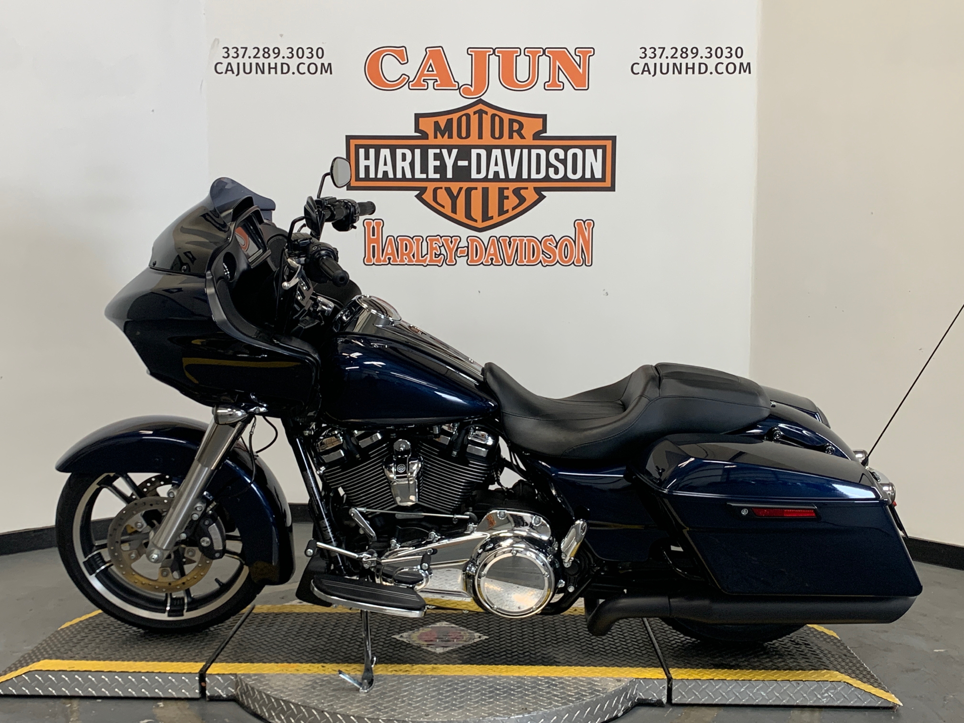 2017 Harley-Davidson Road Glide® Special in Scott, Louisiana - Photo 4