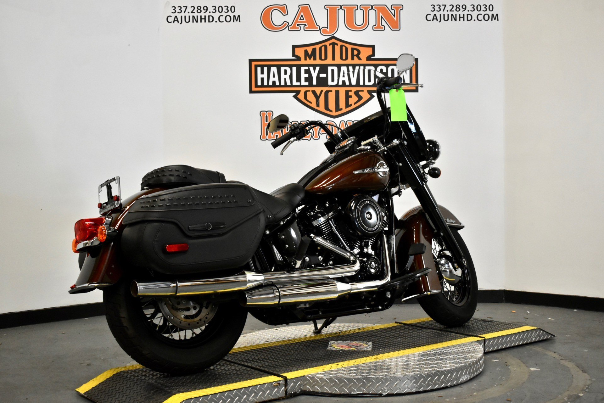 pre owned rawhide heritage - Photo 3