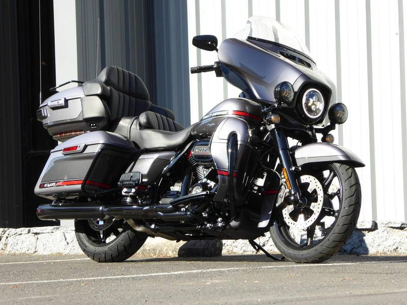 2020 Harley-Davidson CVO™ Limited in Cotati, California - Photo 2
