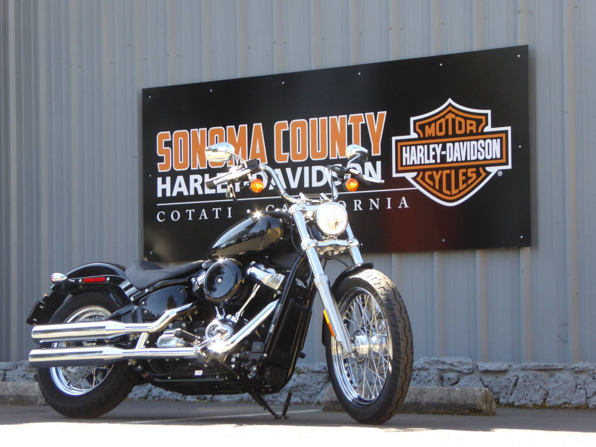 2021 Harley-Davidson SOFTAIL STANDARD in Cotati, California - Photo 2