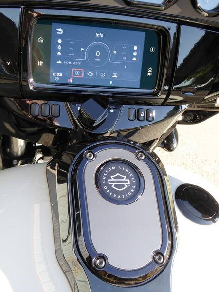 2020 Harley-Davidson CVO™ Street Glide® in Cotati, California - Photo 4