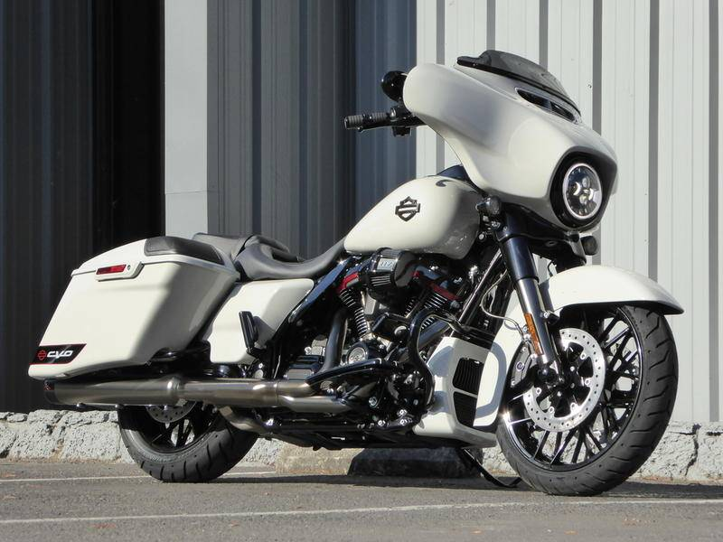 2020 Harley-Davidson CVO™ Street Glide® in Cotati, California - Photo 1