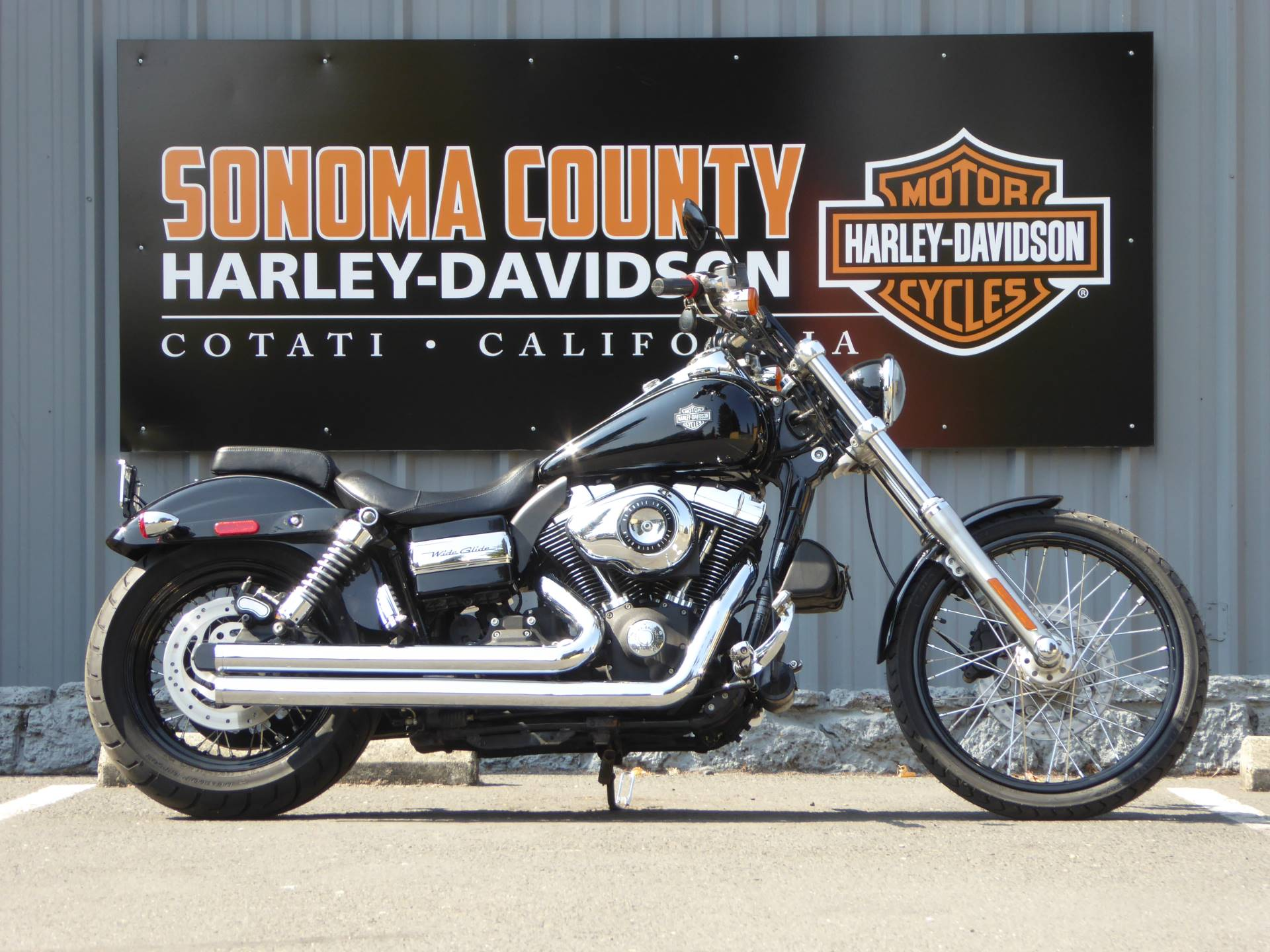 2010 Harley-Davidson Dyna® Wide Glide® in Cotati, California - Photo 1
