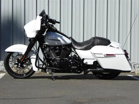 2020 Harley-Davidson Street Glide® Special in Cotati, California - Photo 4
