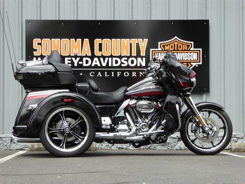 2020 Harley-Davidson CVO™ Tri Glide® in Cotati, California - Photo 1