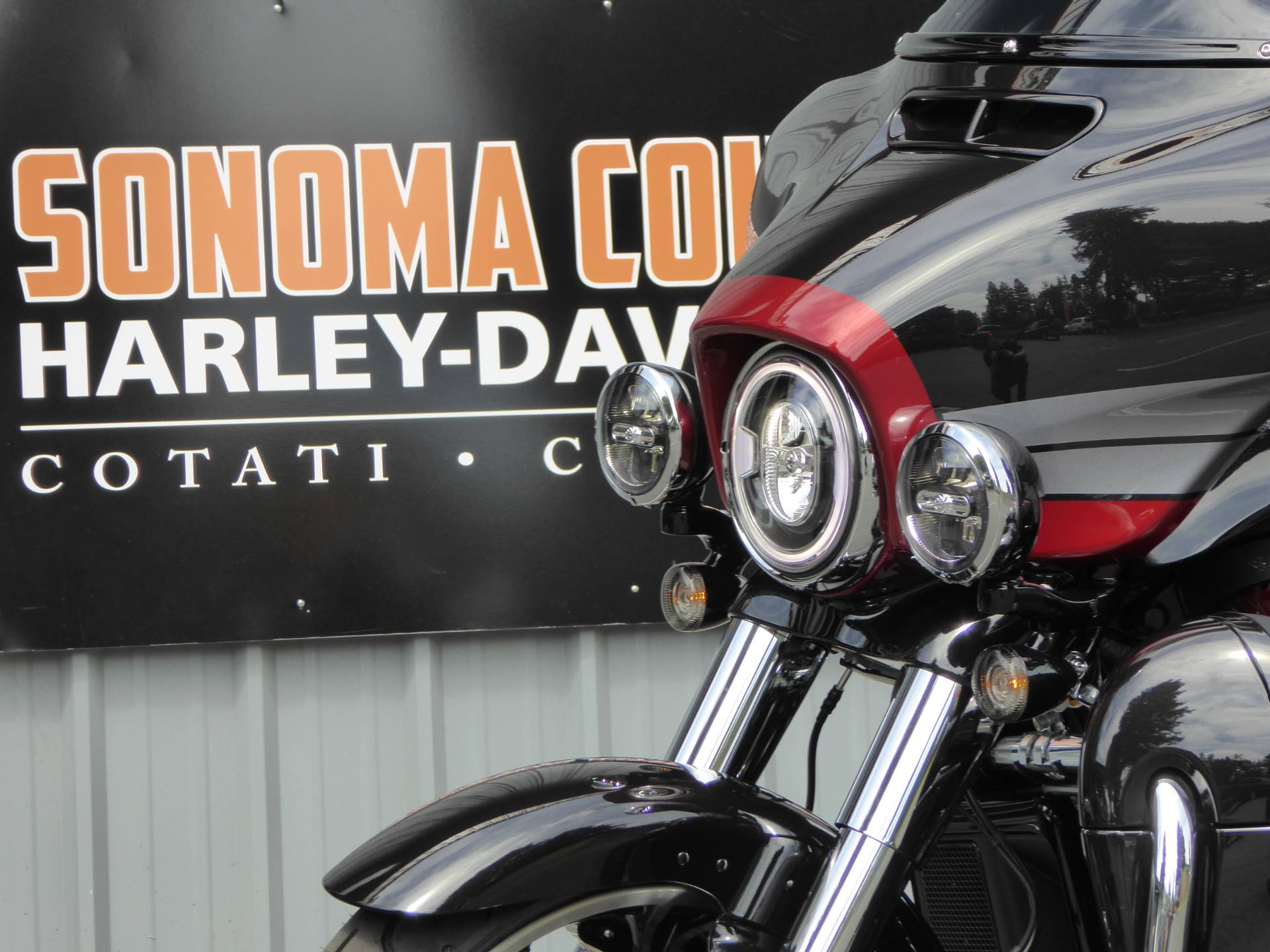 2020 Harley-Davidson CVO™ Tri Glide® in Cotati, California - Photo 6
