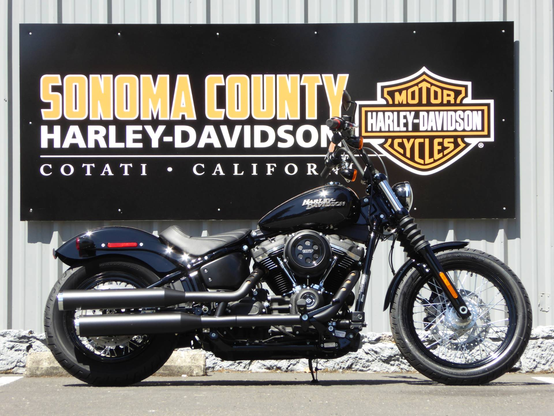 2020 Harley-Davidson FXBB Street Bob in Cotati, California - Photo 1